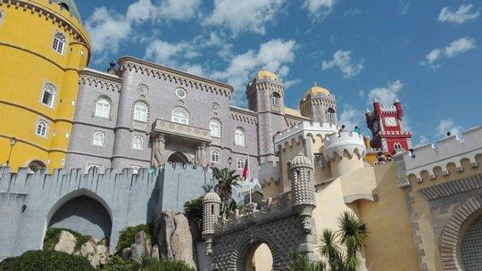 ペーナ宮殿(pena palace)
