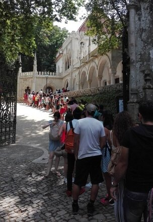 regaleira-palace-entrance