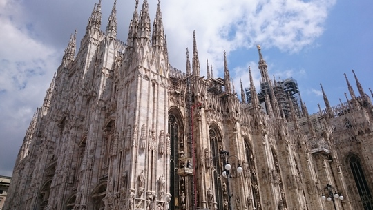 ミラノ 観光スポット ドゥオーモ