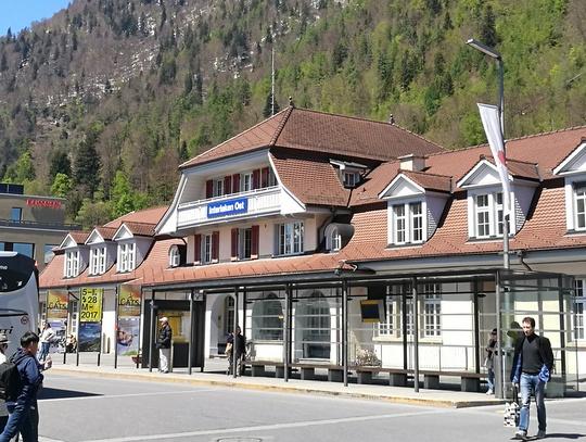 インターラーケンオスト駅