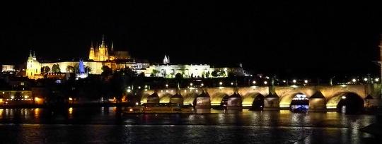 プラハ 観光 旅行