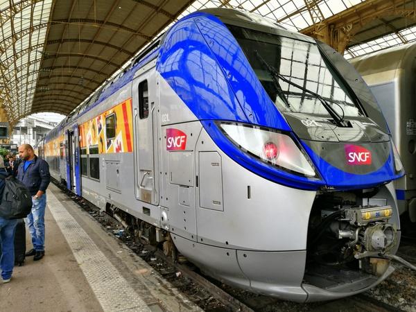 フランス鉄道SNCF TGVなどの乗り...